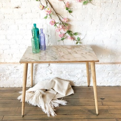 Faux+marble+top+cake+table.jpg