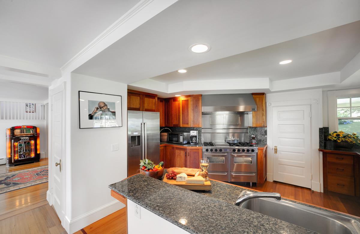 kitchen web.jpg