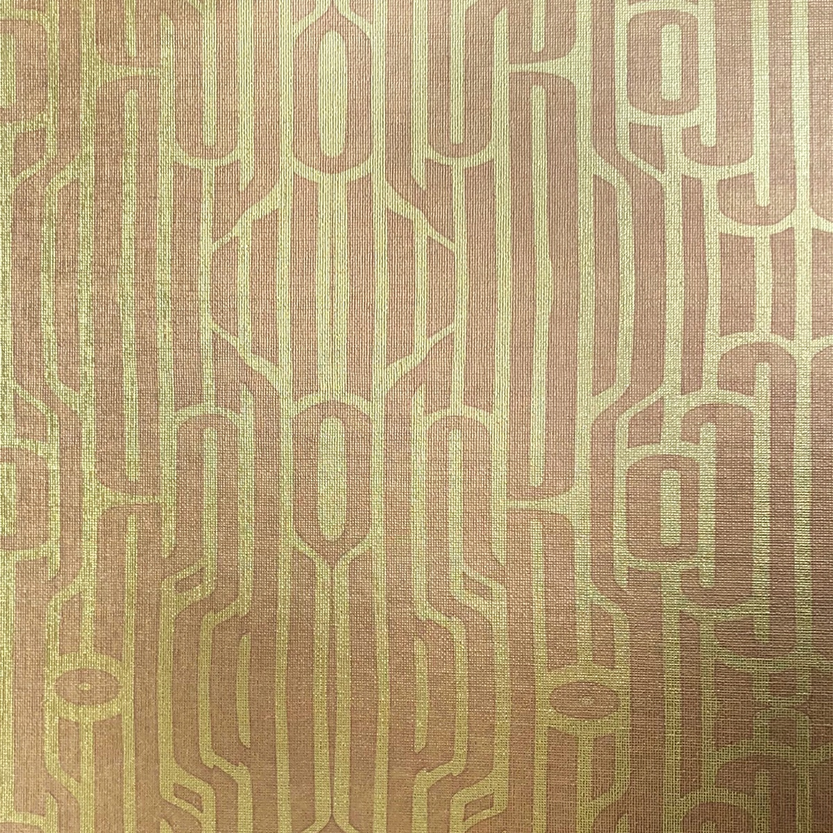 Ritmo Rosé on textured gold metallic wallpaper