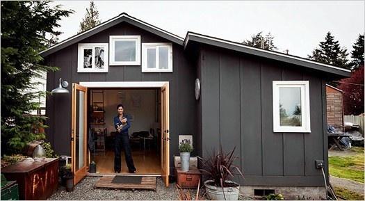 Tiny studio/house