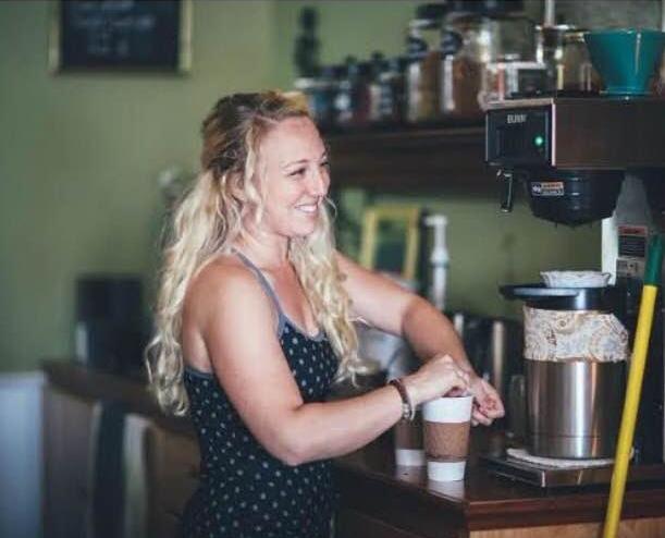 Sarah Chapman owner of Vida Pour tea Photo by Lindley Battle