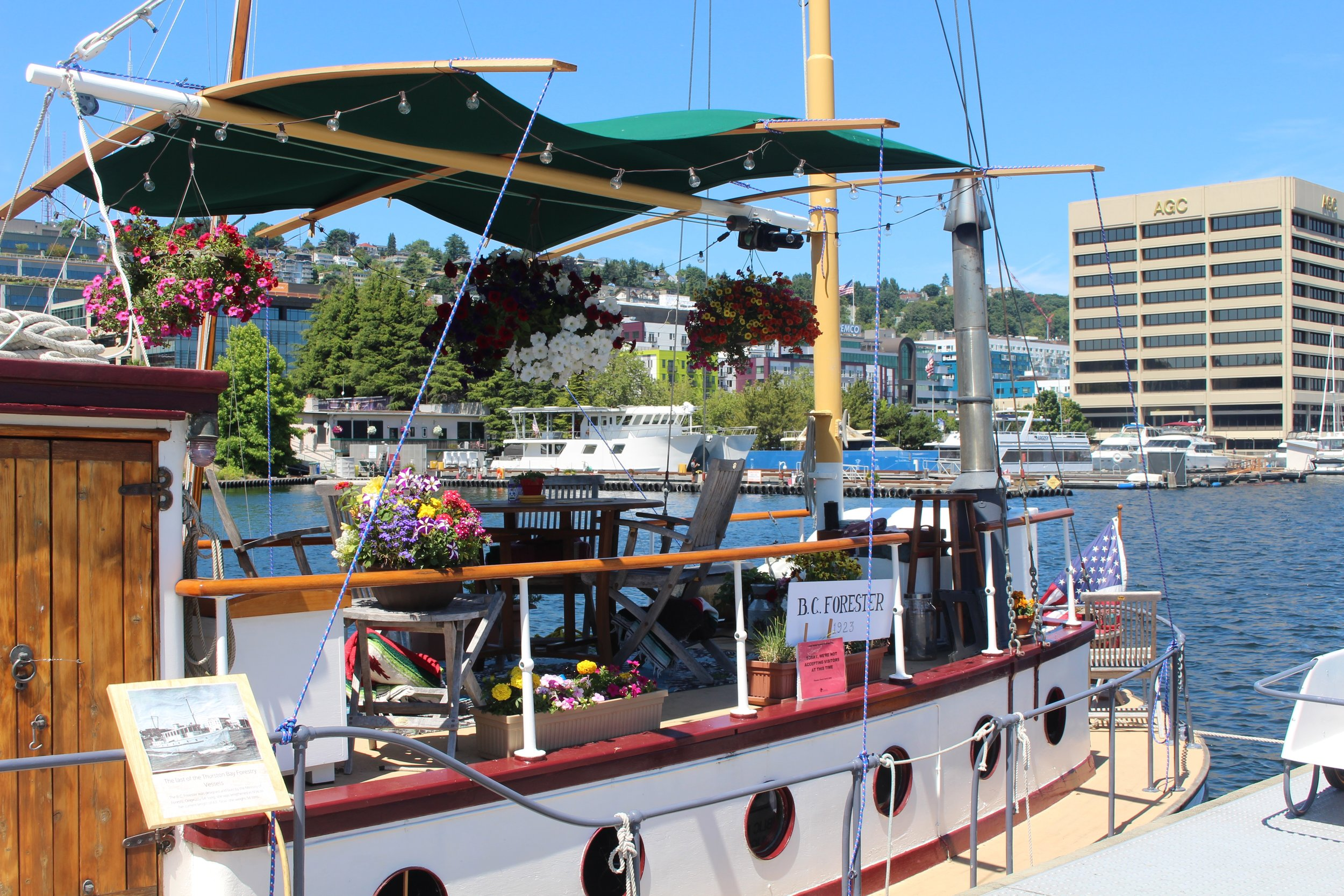 Flower boat at Lake Union