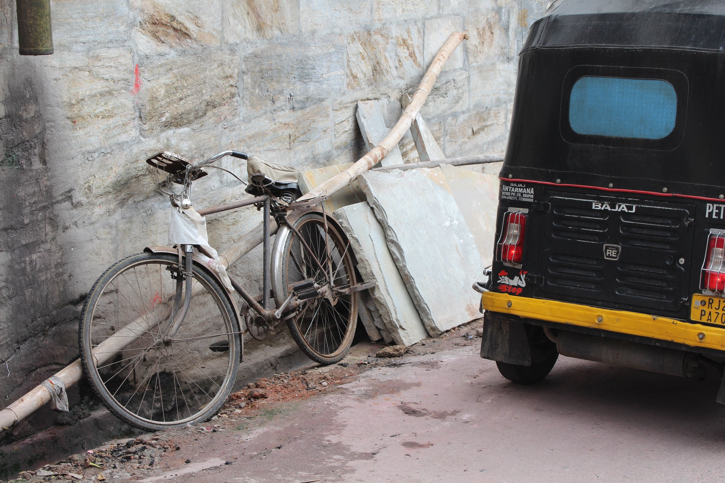 Bike and Rickshaw in Udaipur