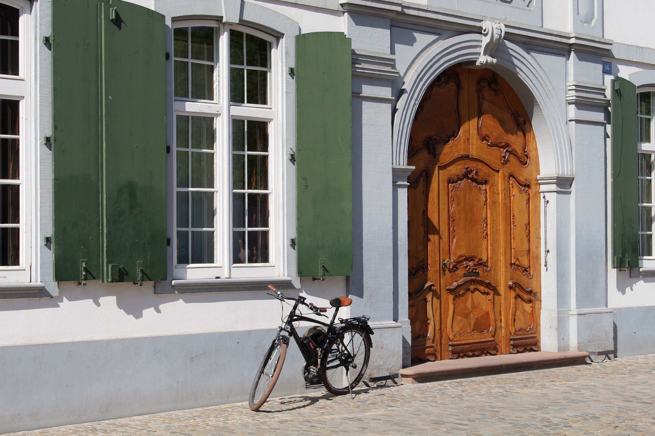 I have a thing for bikes, and beautiful doors...