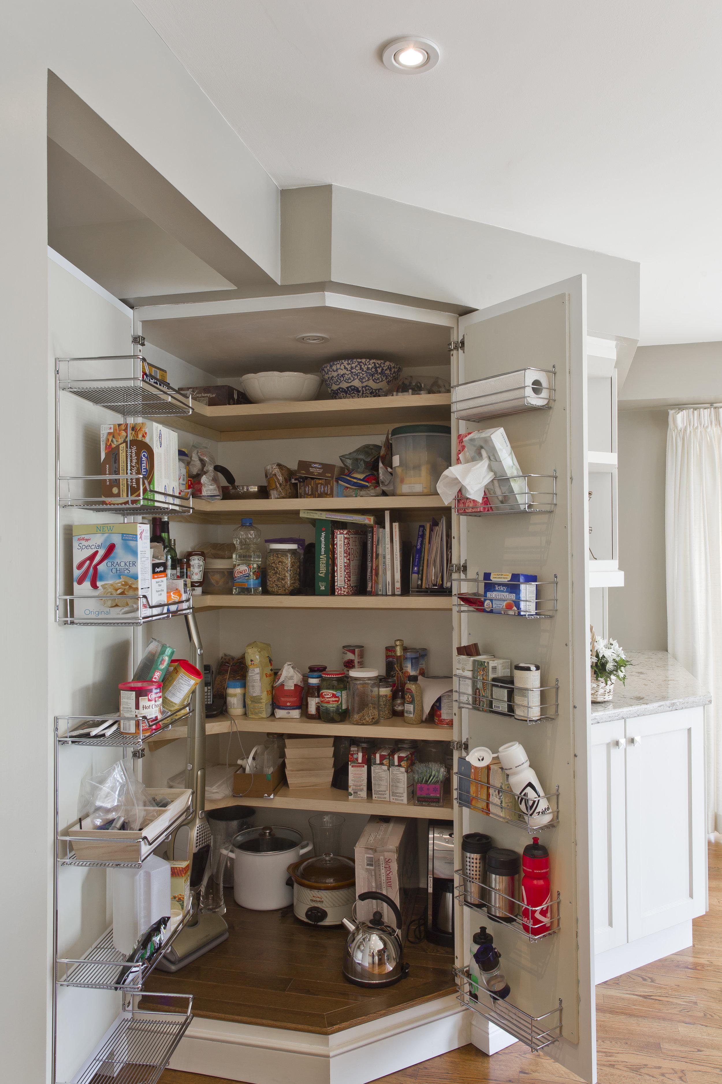 Kitchen Court_Grainge Residence_86.jpg