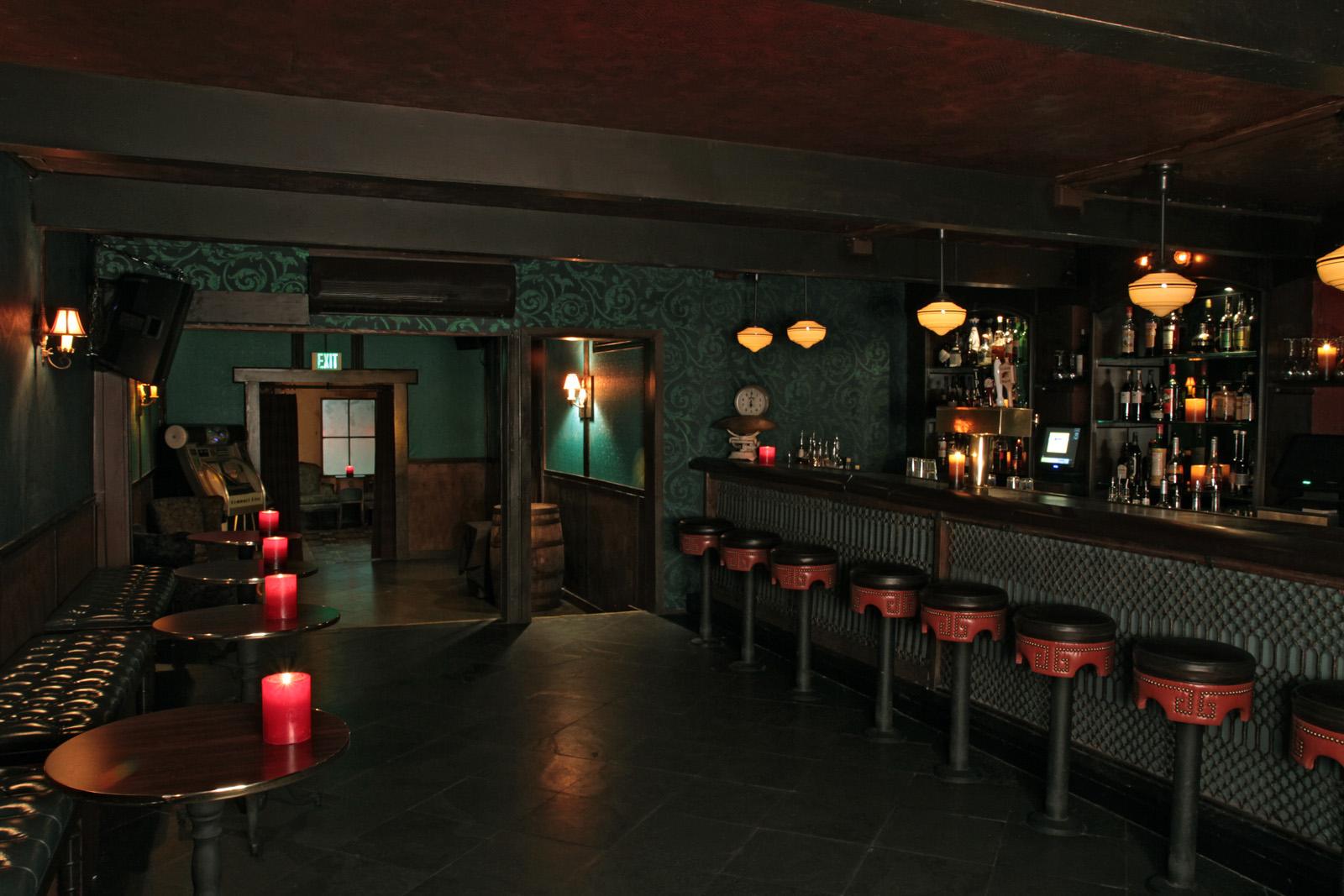Virgil B Side Bar.jpg