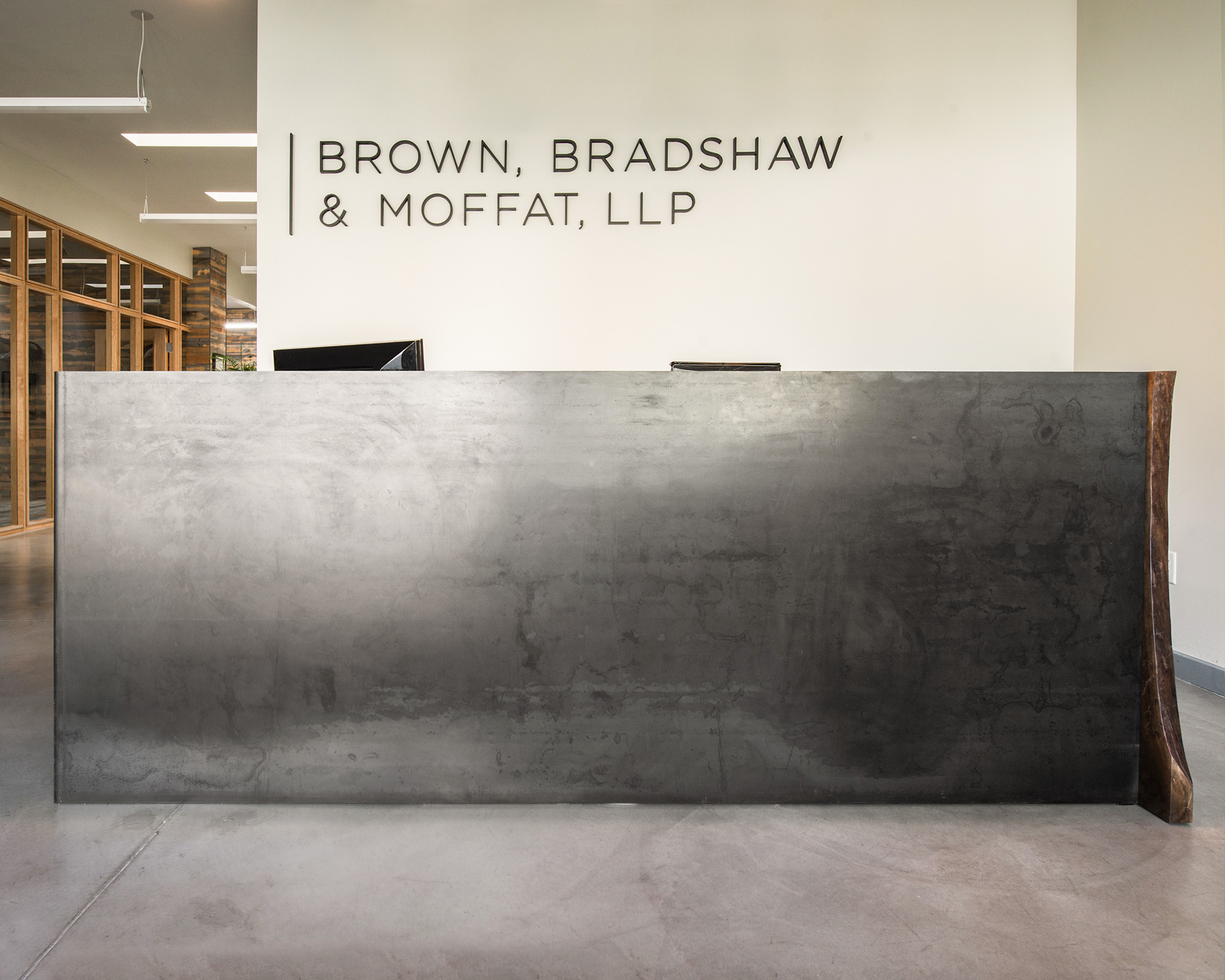 Brown, Bradshaw, & Moffat, LLP Reception Desk