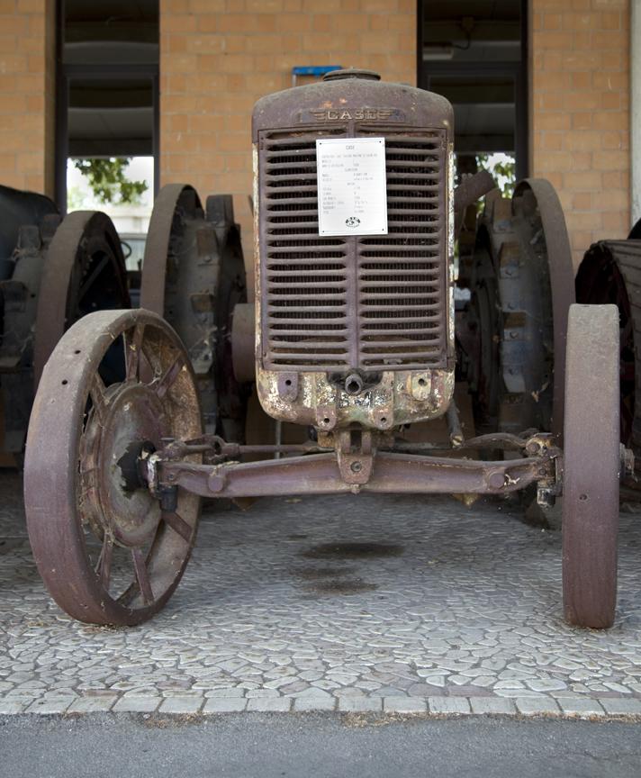 13-tractors6.jpg