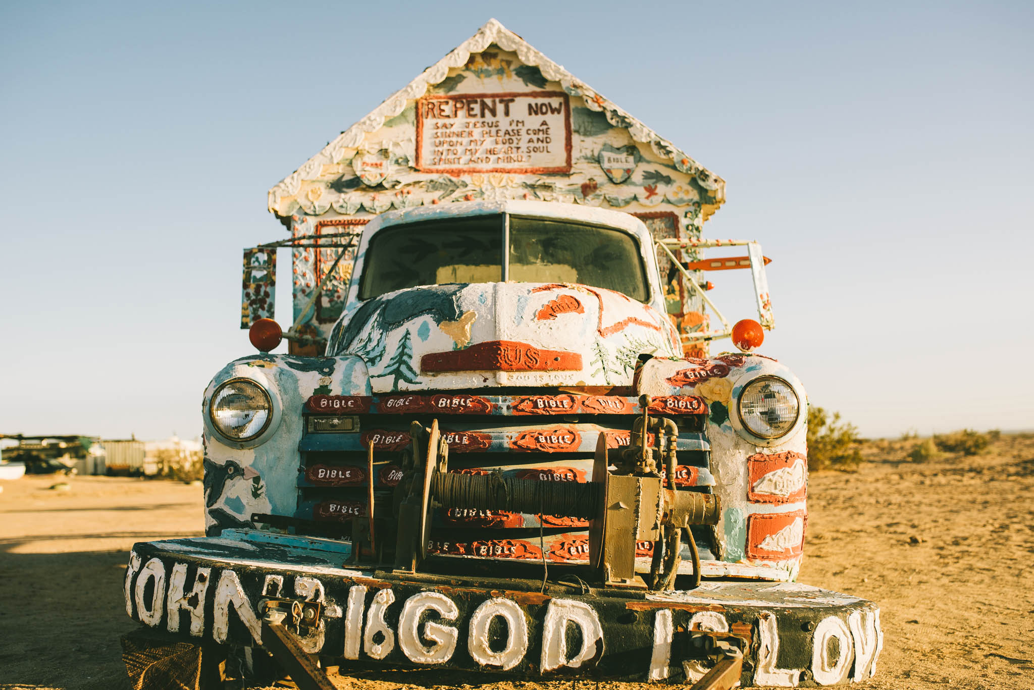 ©The Ryans Photography - Salvation Mountain - Travel Journal-2.jpg