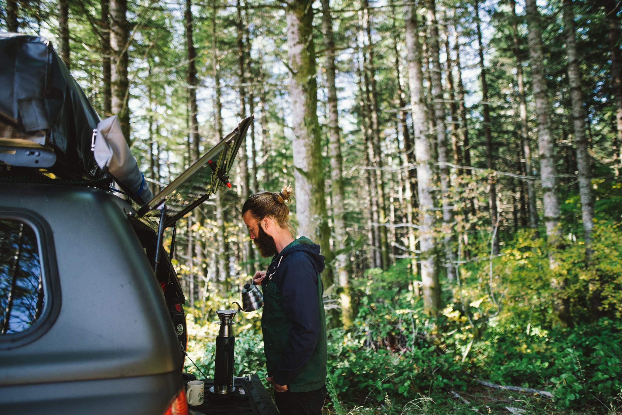 ©The Ryans Photography - Oregon Santiam Forest Lifestyle-019.jpg