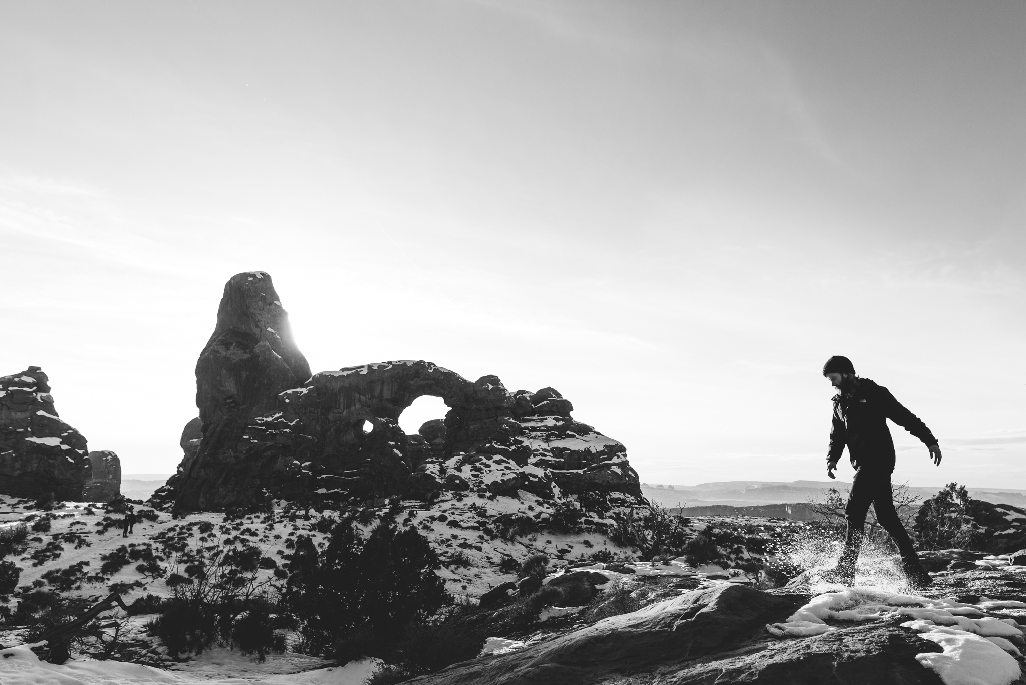 Isaiah-&-Taylor-Photography---White-Sand-Dunes-18.jpg