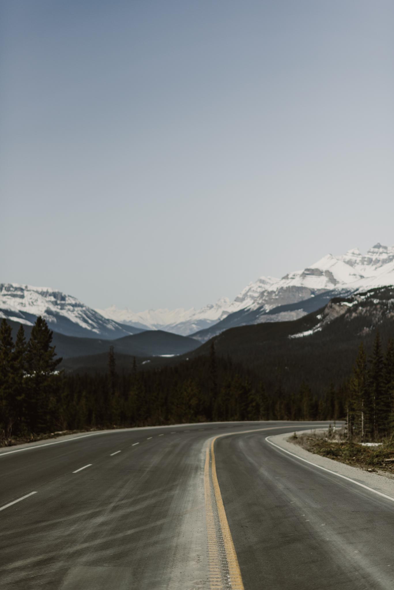 ©The-Ryans-Photo---Athabasca-Glacier,-Ice-Cave-002.jpg