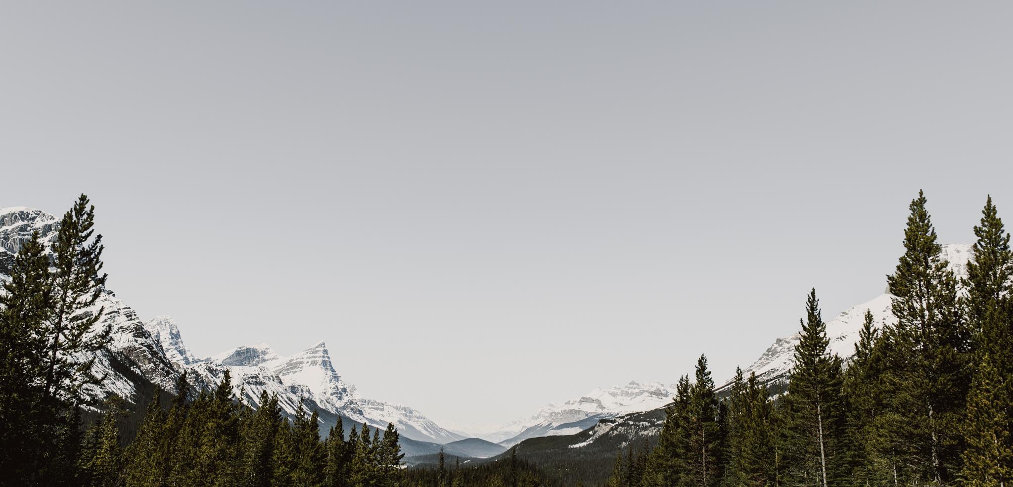 ©The-Ryans-Photo---Athabasca-Glacier,-Ice-Cave-001.jpg