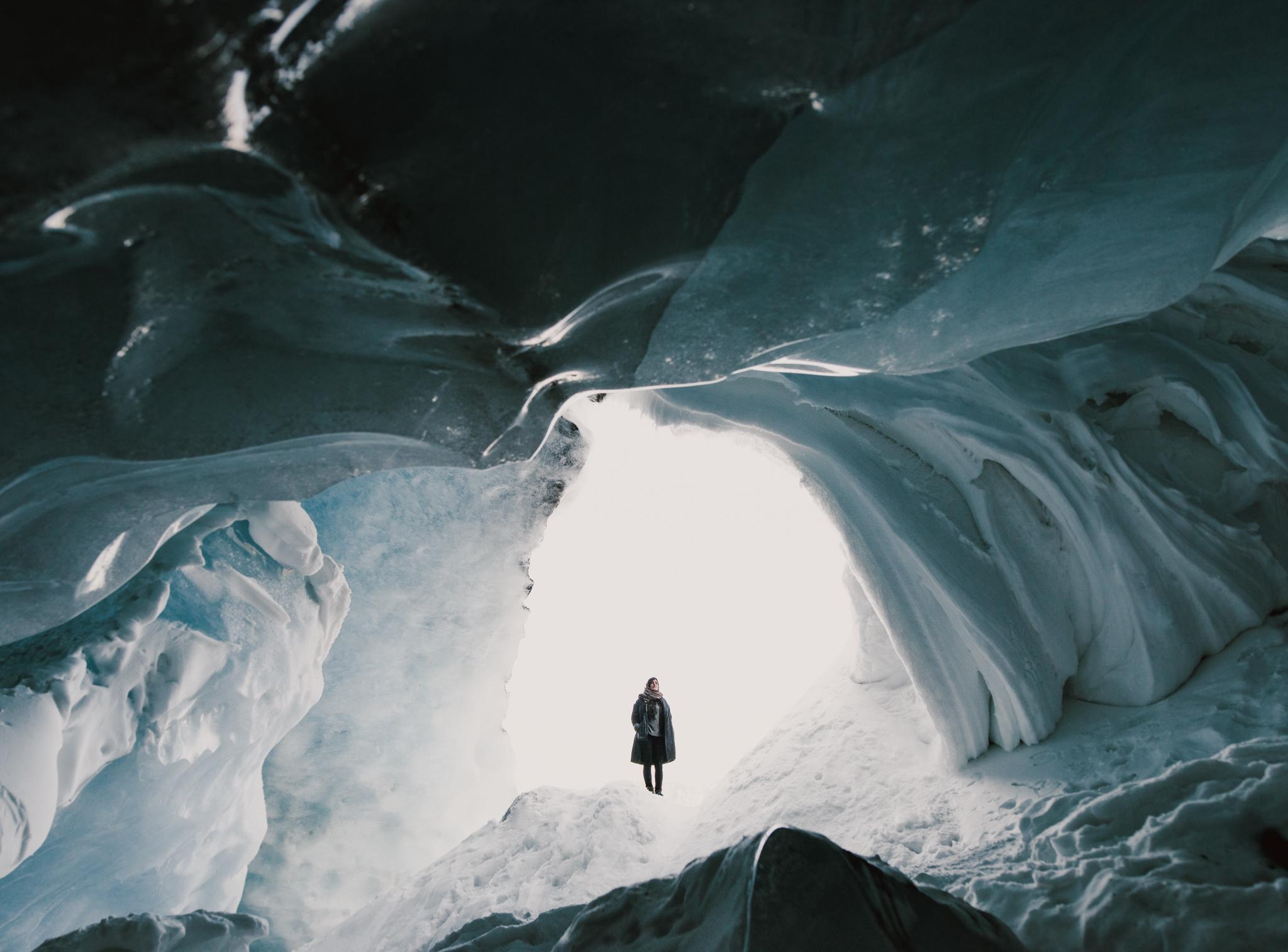 ©The-Ryans-Photo---Athabasca-Glacier,-Ice-Cave-052.jpg