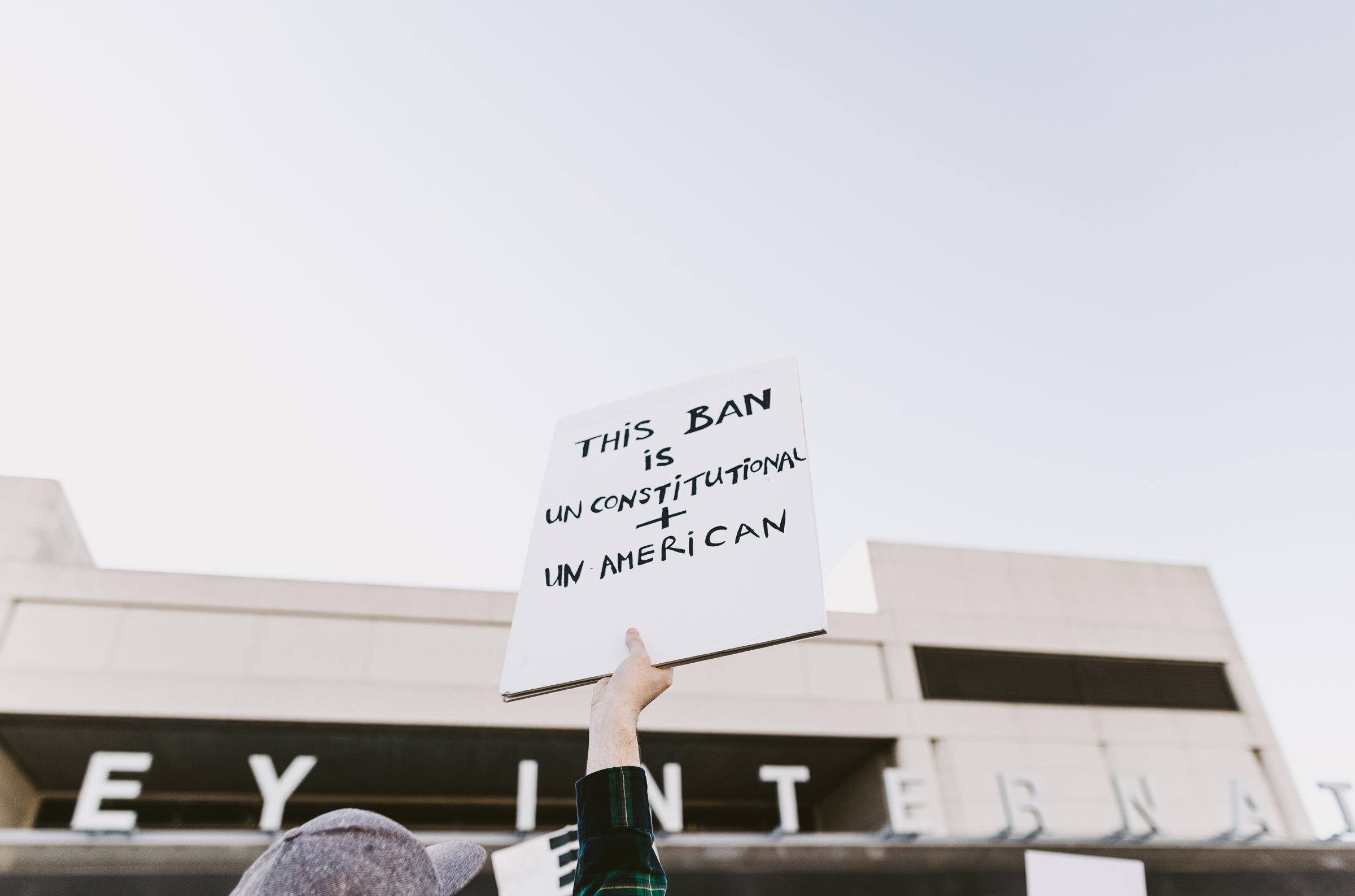 ©The Ryans Photography - LAX No Ban No Wall Protest-5.jpg