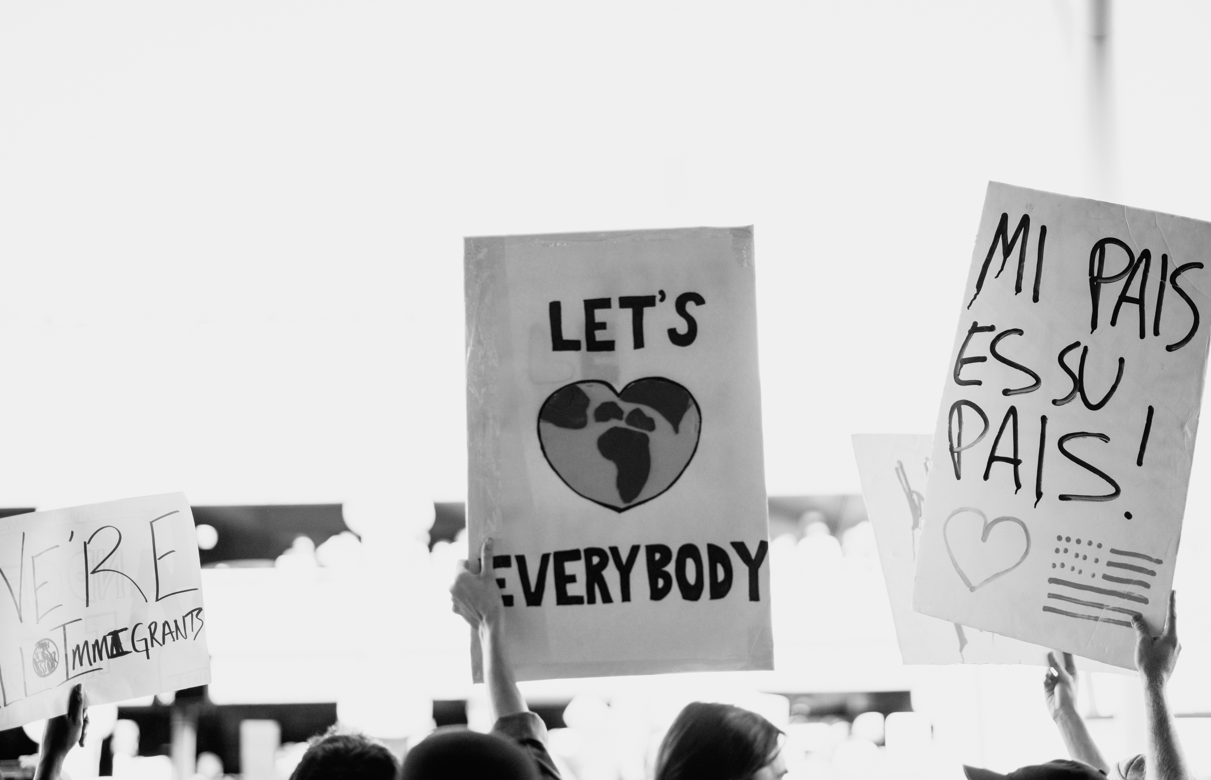 ©The Ryans Photography - LAX No Ban No Wall Protest-15.jpg