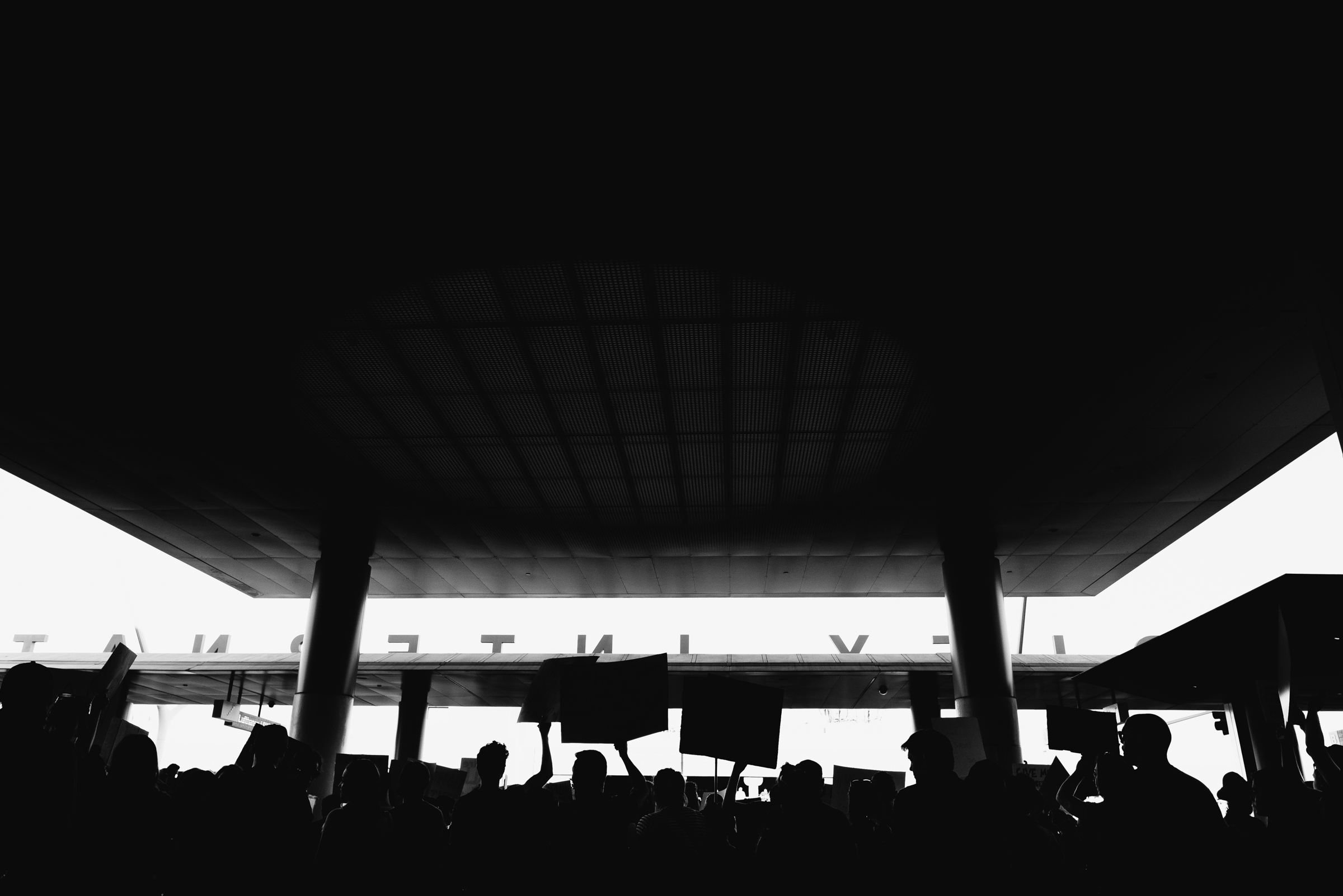 ©The Ryans Photography - LAX No Ban No Wall Protest-17.jpg