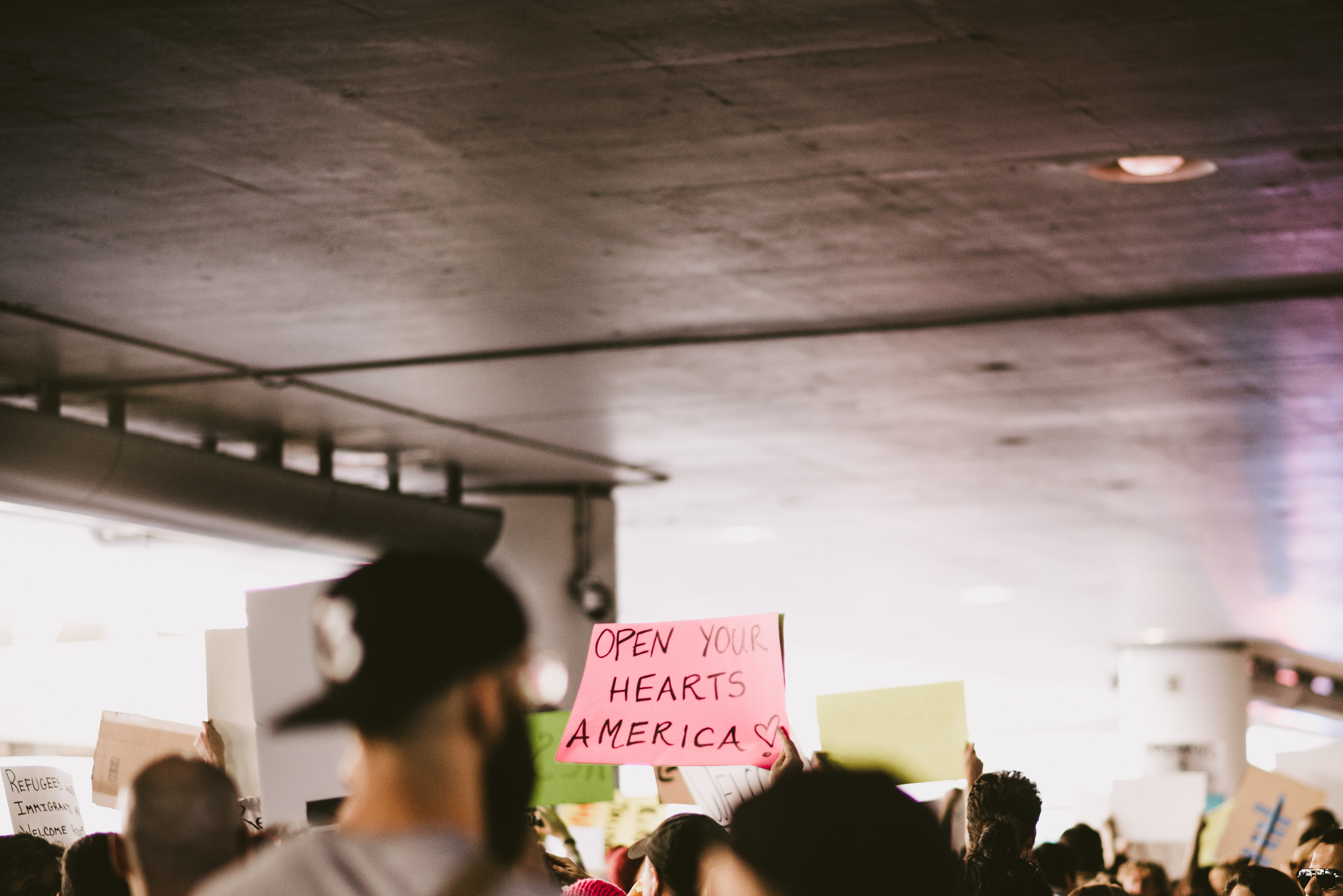 ©The Ryans Photography - LAX No Ban No Wall Protest-21.jpg