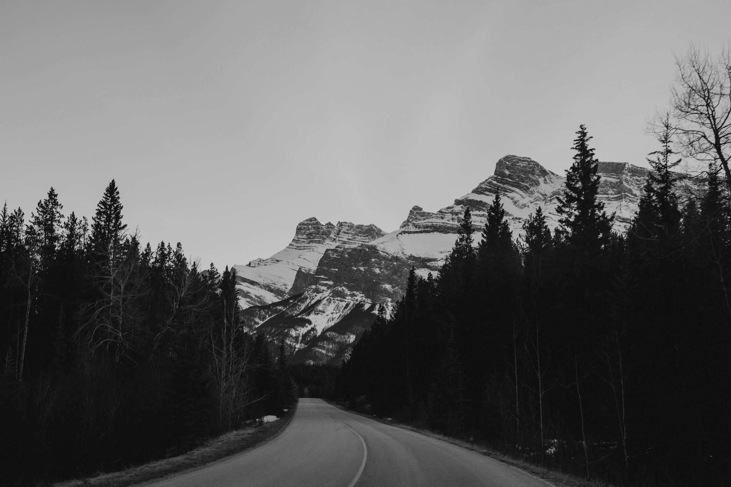 ©The Ryans Photo - Banff, Alberta Travel-34.jpg