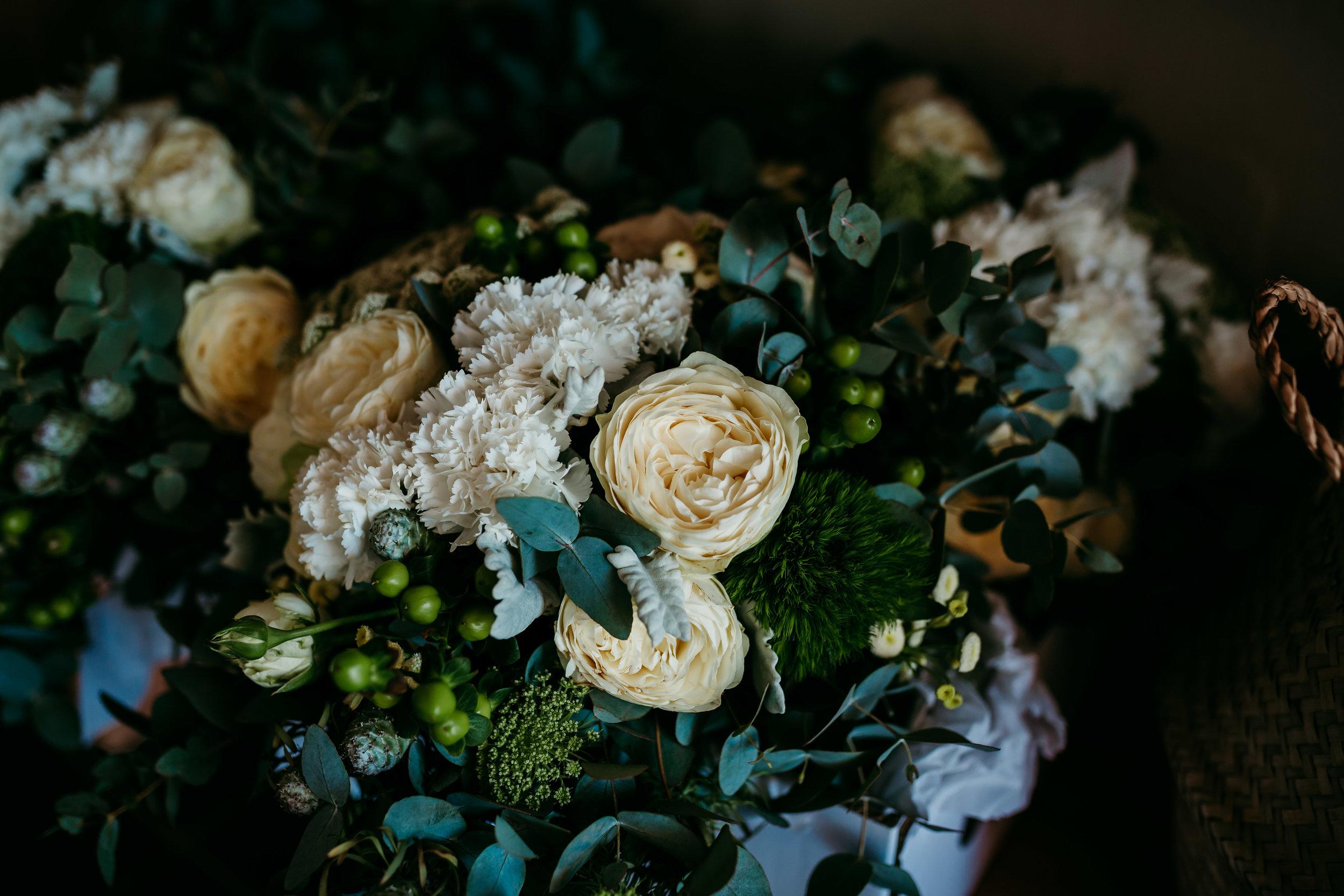 Lauren&Jarrod_weddingSMALLRES (16 of 714).jpg