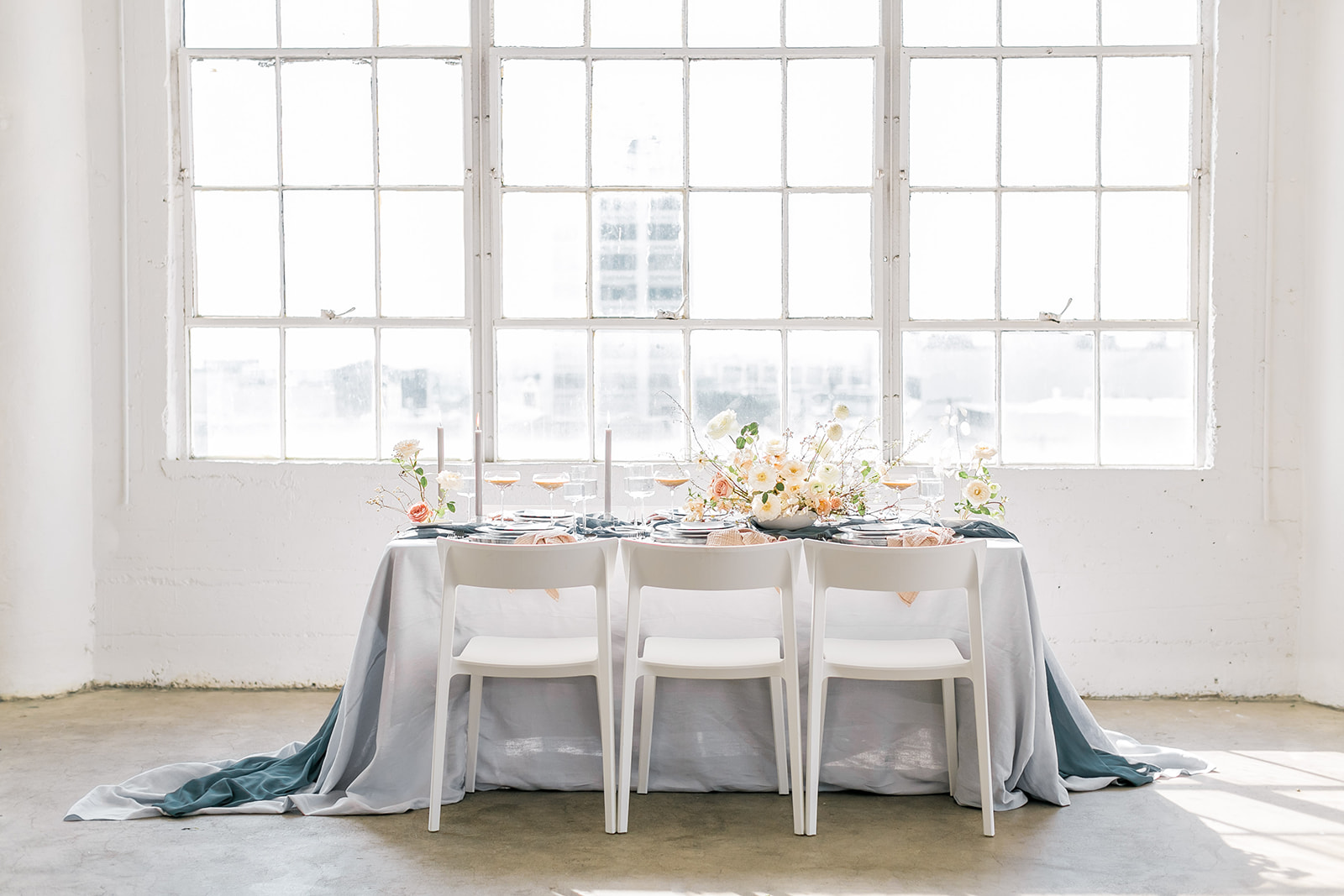 Modern wedding table design.jpg