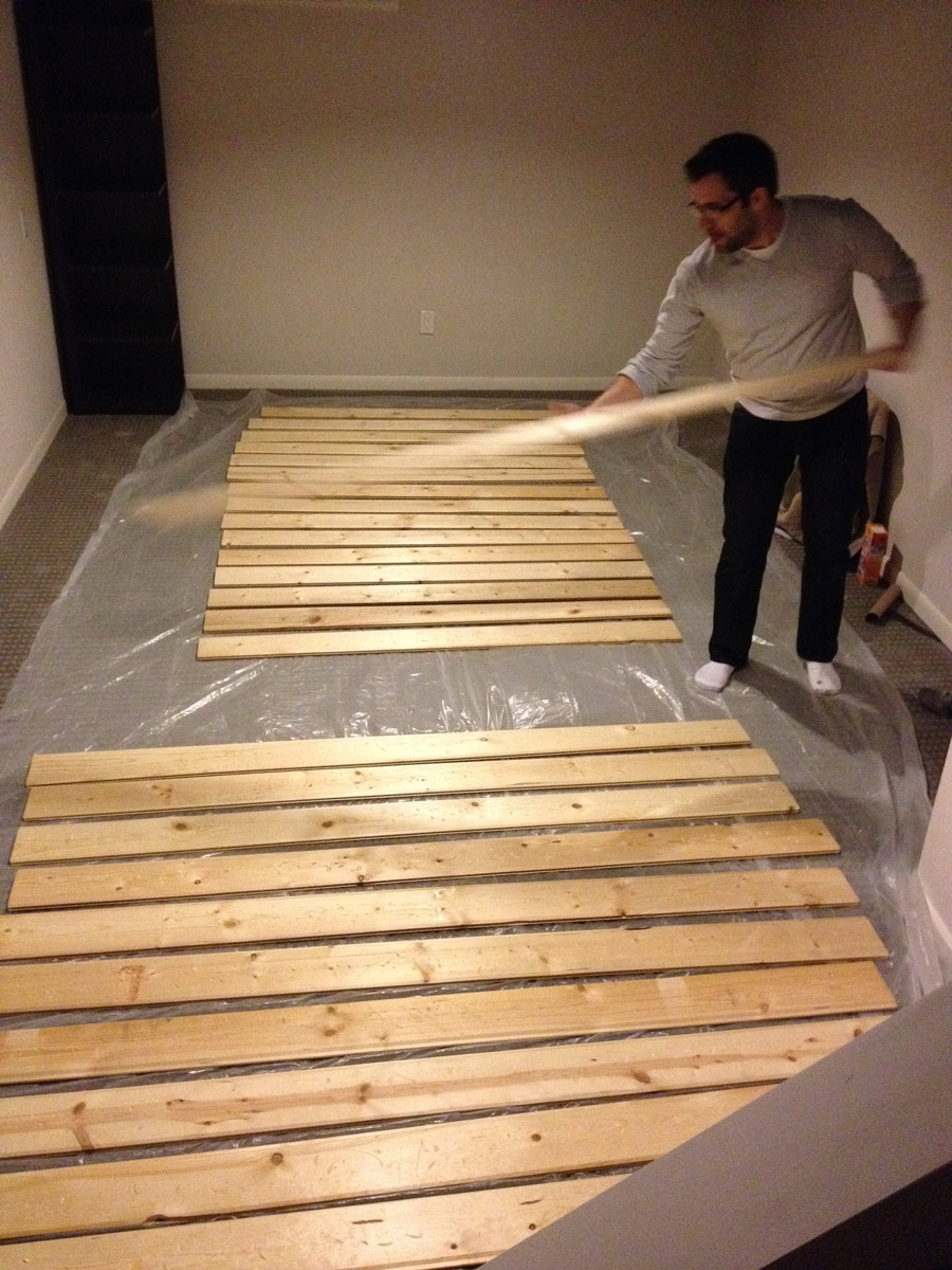 Prepping-wood-for-stain-and-distressing