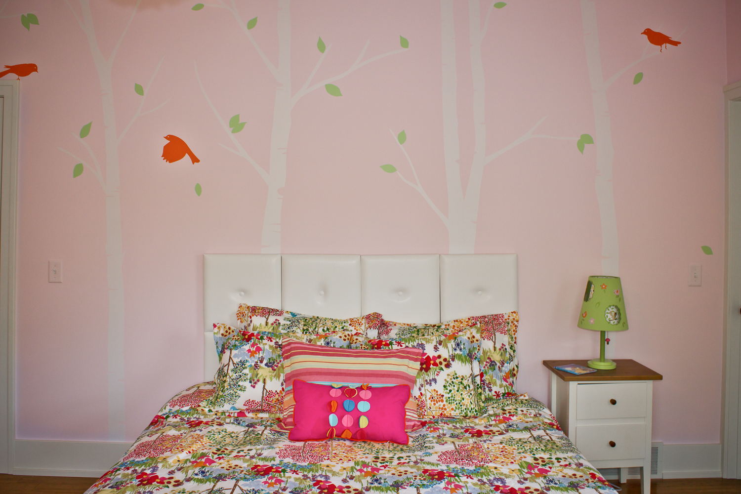 Bird-themed-bedroom