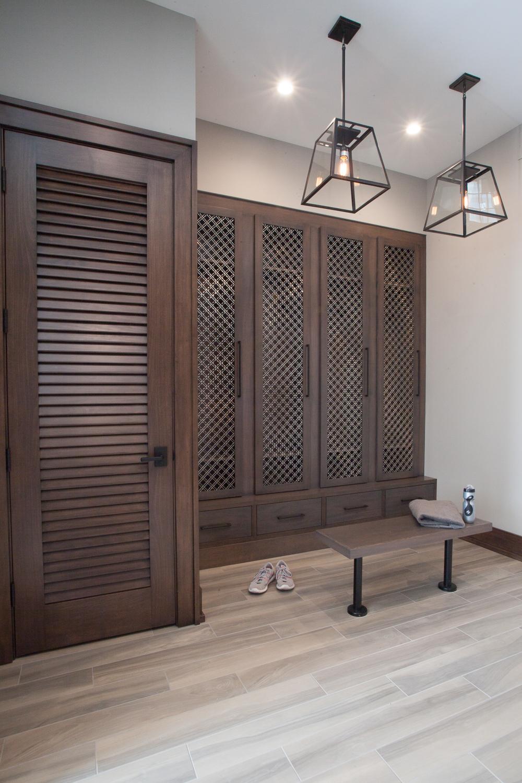 Masculine bathroom lockers contemporary - Fuchsia Design