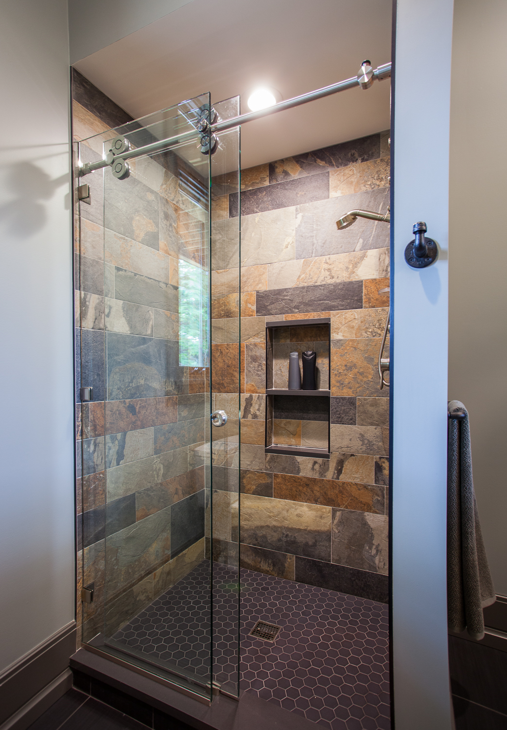 slate-tile-walls-in-shower.jpg