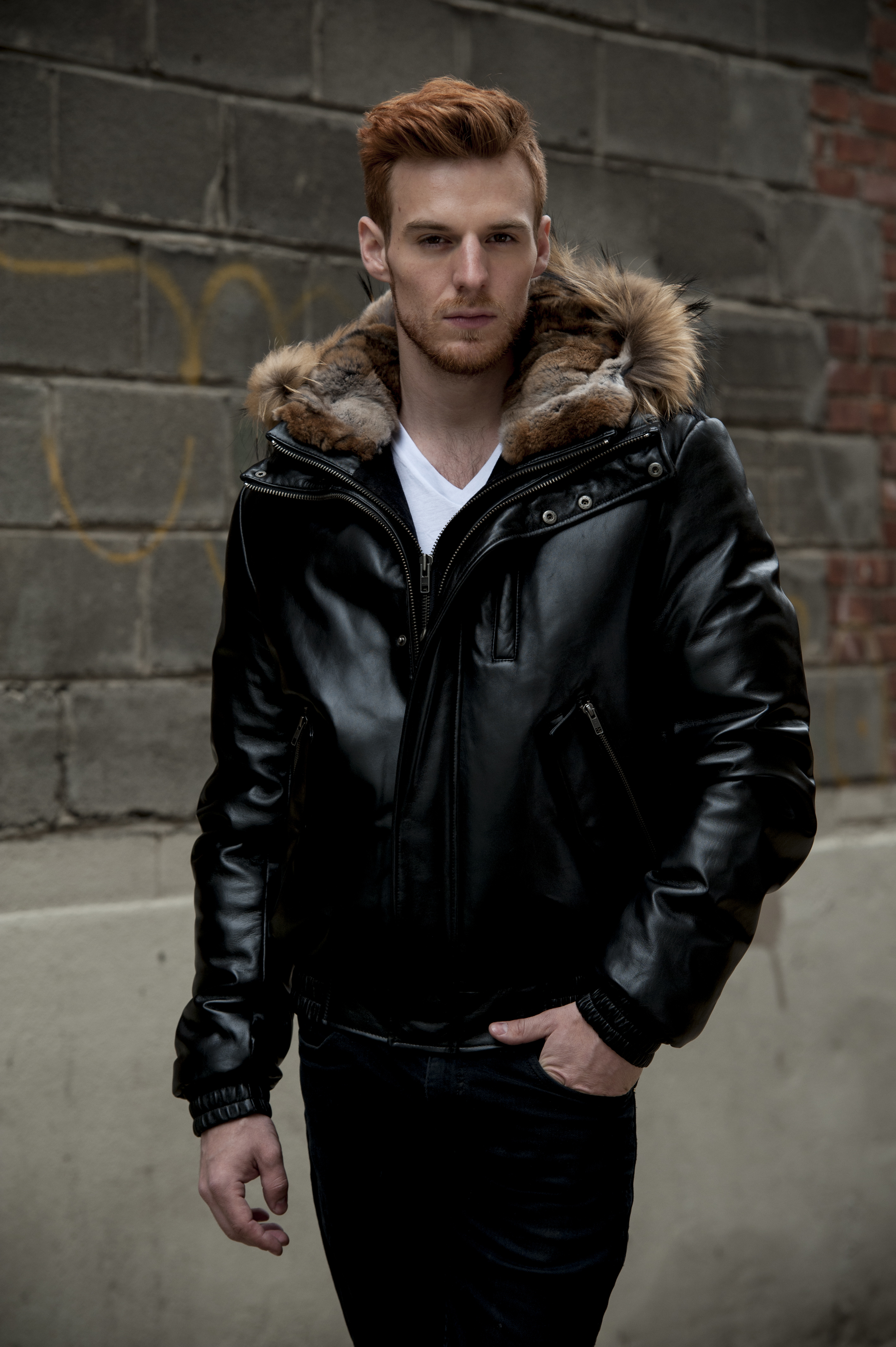 LEATHER GOOSE -