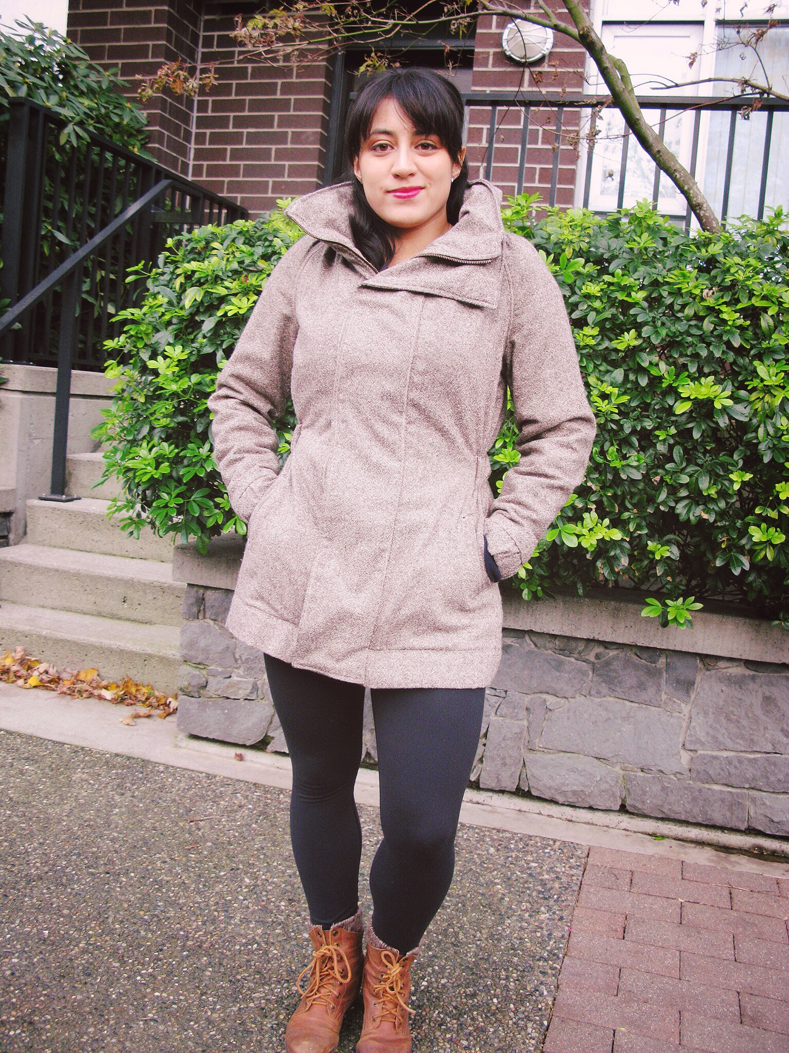 Who has an awesome, stylish, wool, snugly, warm jacket, with sleeves that are actually the correct length? This girl!