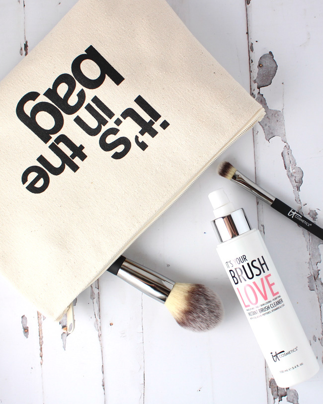 IT's Your Brush Love Instant Brush Cleaner