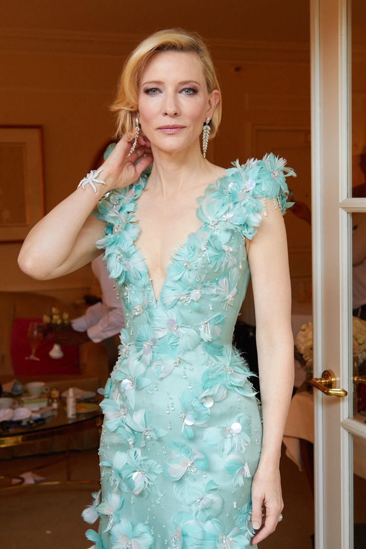 Get the Look: Cate Blanchett at the Academy Awards