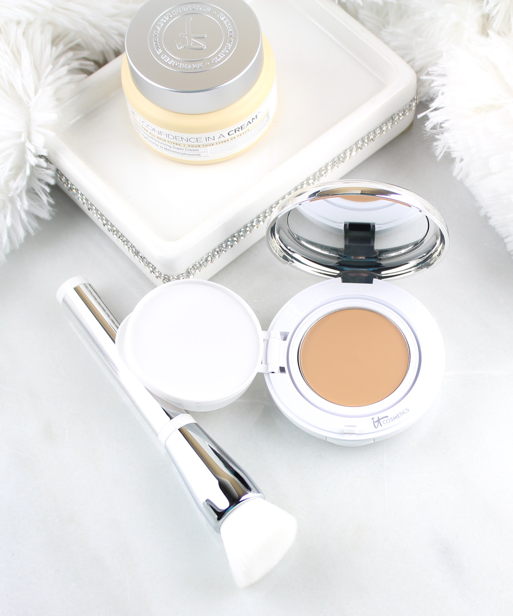 IT Cosmetics Confidence in a Compact Solid Serum Foundation