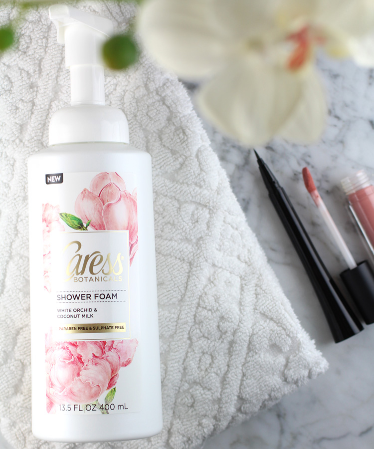 Caress White Orchid & Coconut Milk Shower Foam for Spring