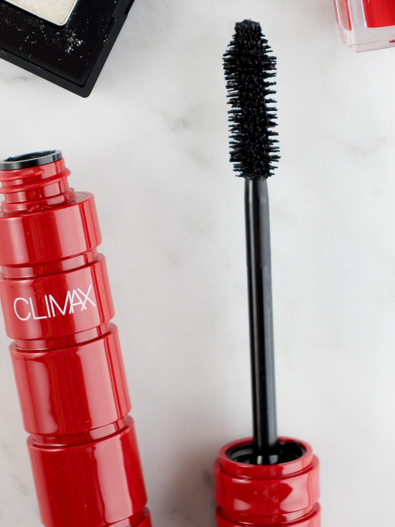 NARS Climax Volumizing Mascara Close-Up