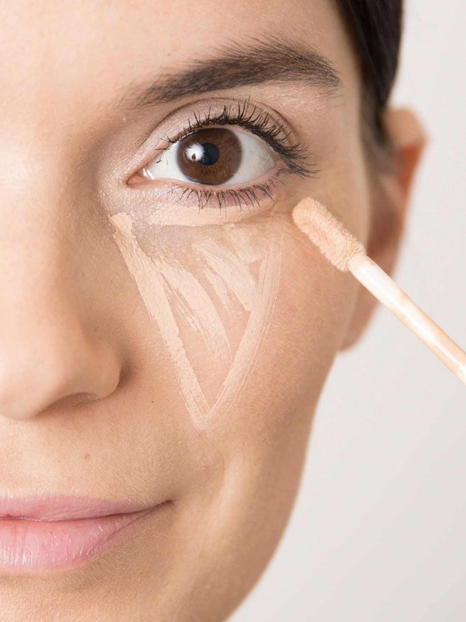 How to Apply Concealer to Fake a Good Nights Sleep