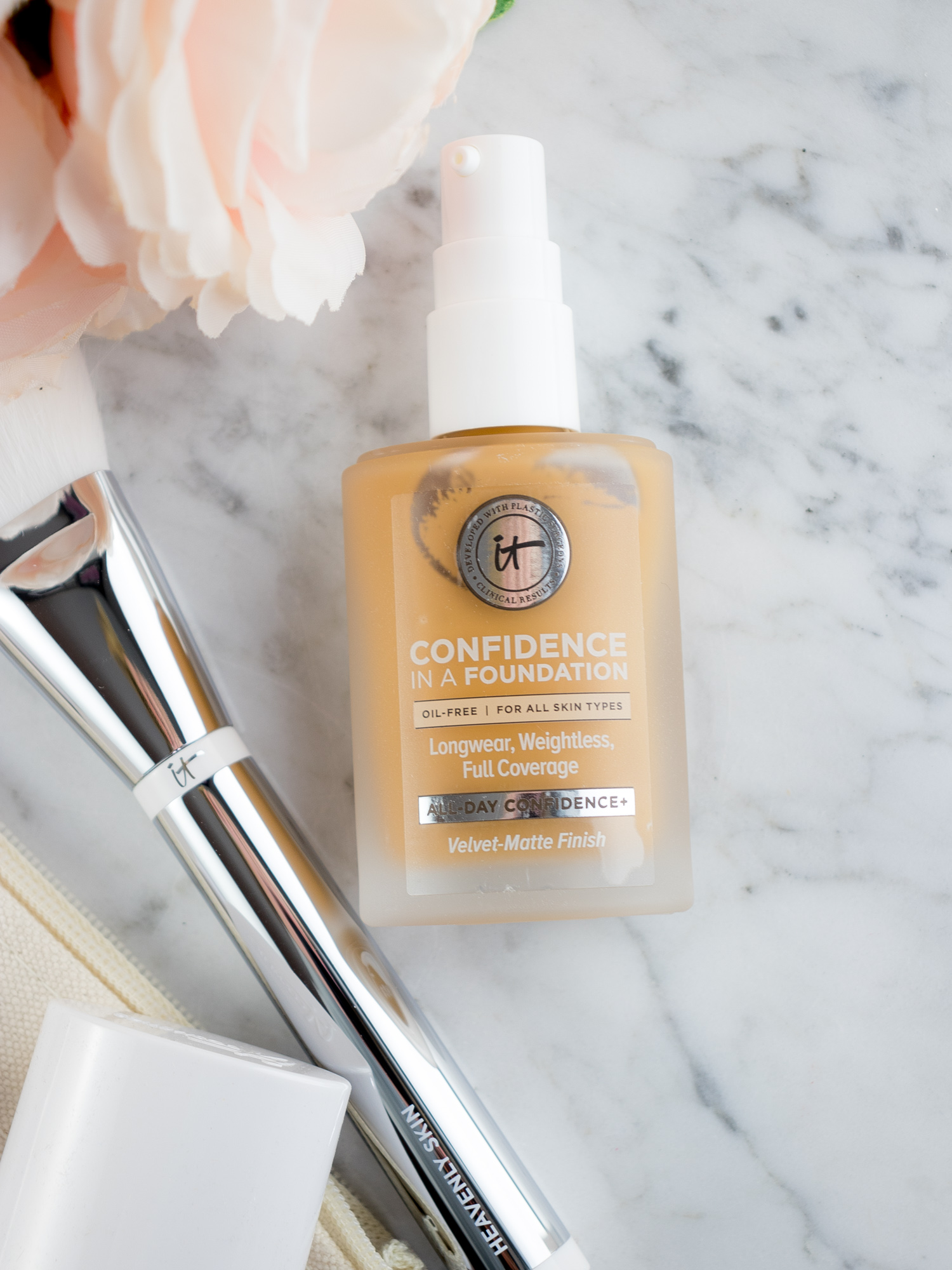 IT Cosmetics Confidence in a Foundation Review