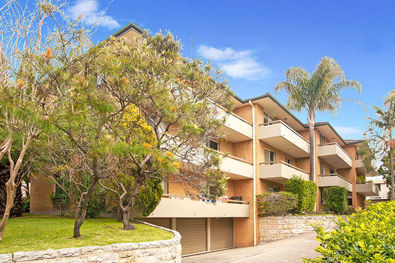 5-13 the crescent dee why 1 lo.jpg