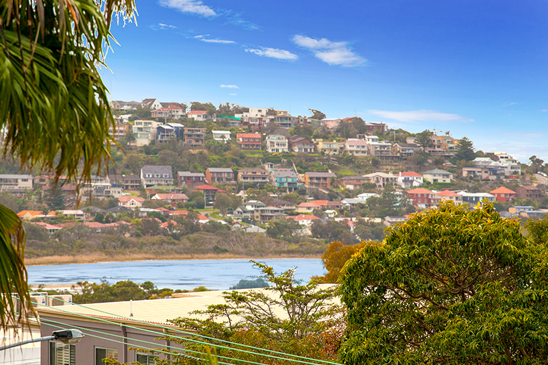 5-13 the crescent dee why 7 lo.jpg