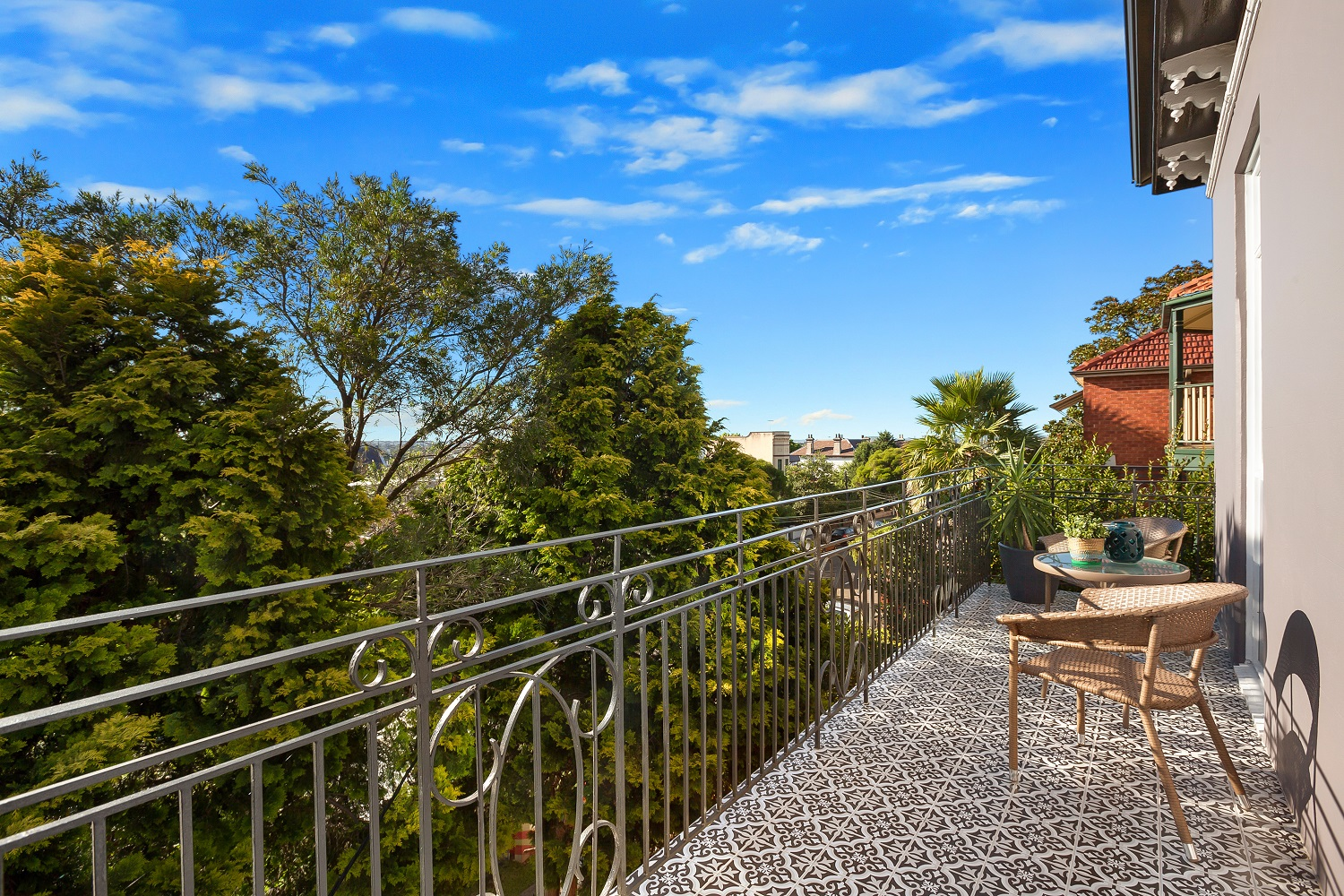 Middleton-St-2-24-Petersham-Balcony resize.jpg