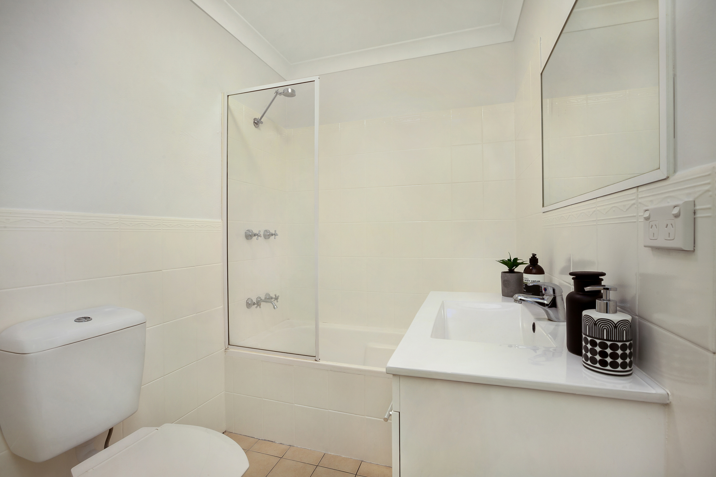 Middleton-St-2-24-Petersham-Bathroom.jpg