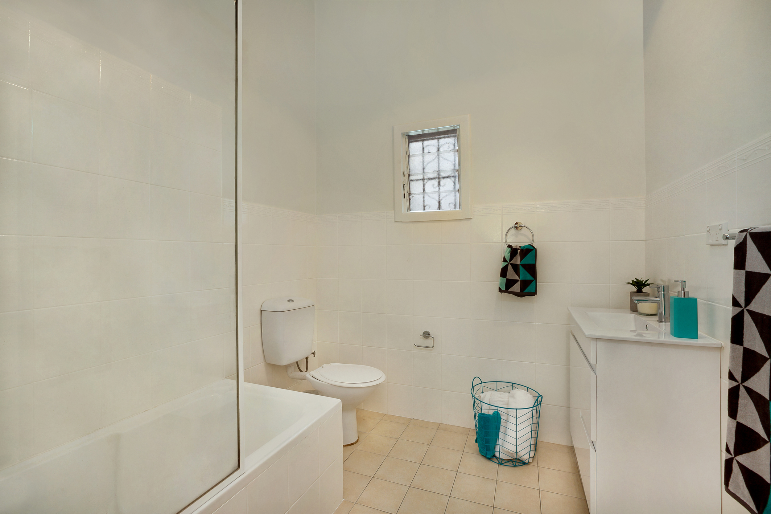 Middleton-St-1-24-Petersham-Bathroom.jpg