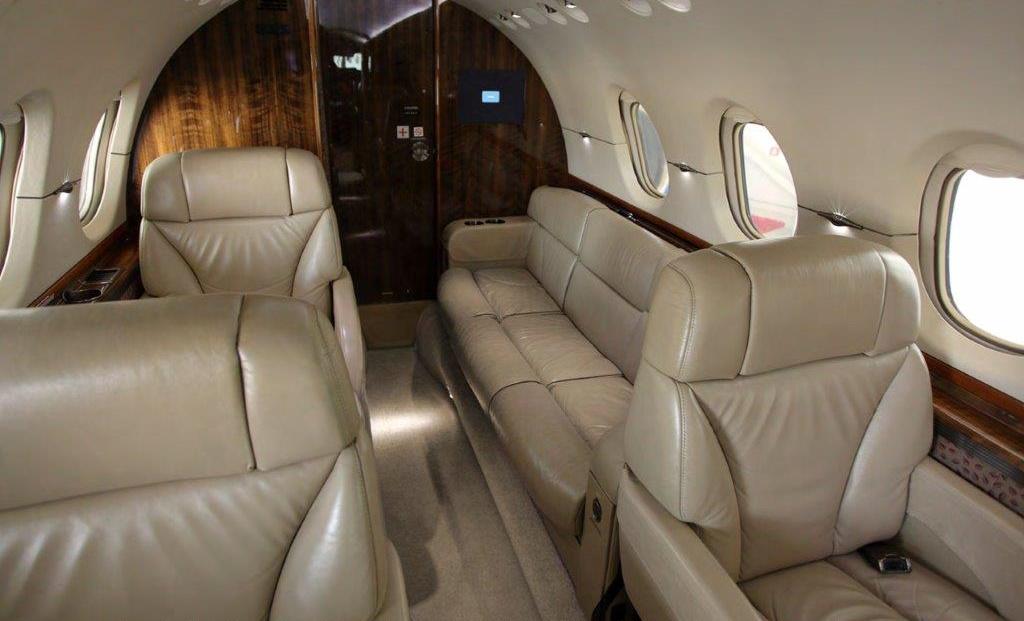 Hawker 800XPI Int3.jpg