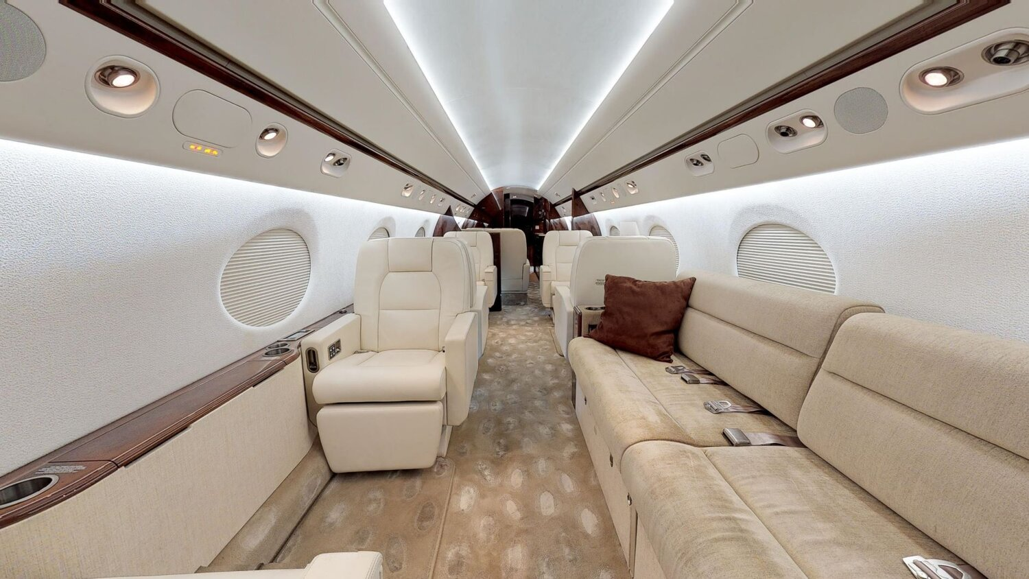 Gulfstream IV, SN 1052 For Sale or Lease