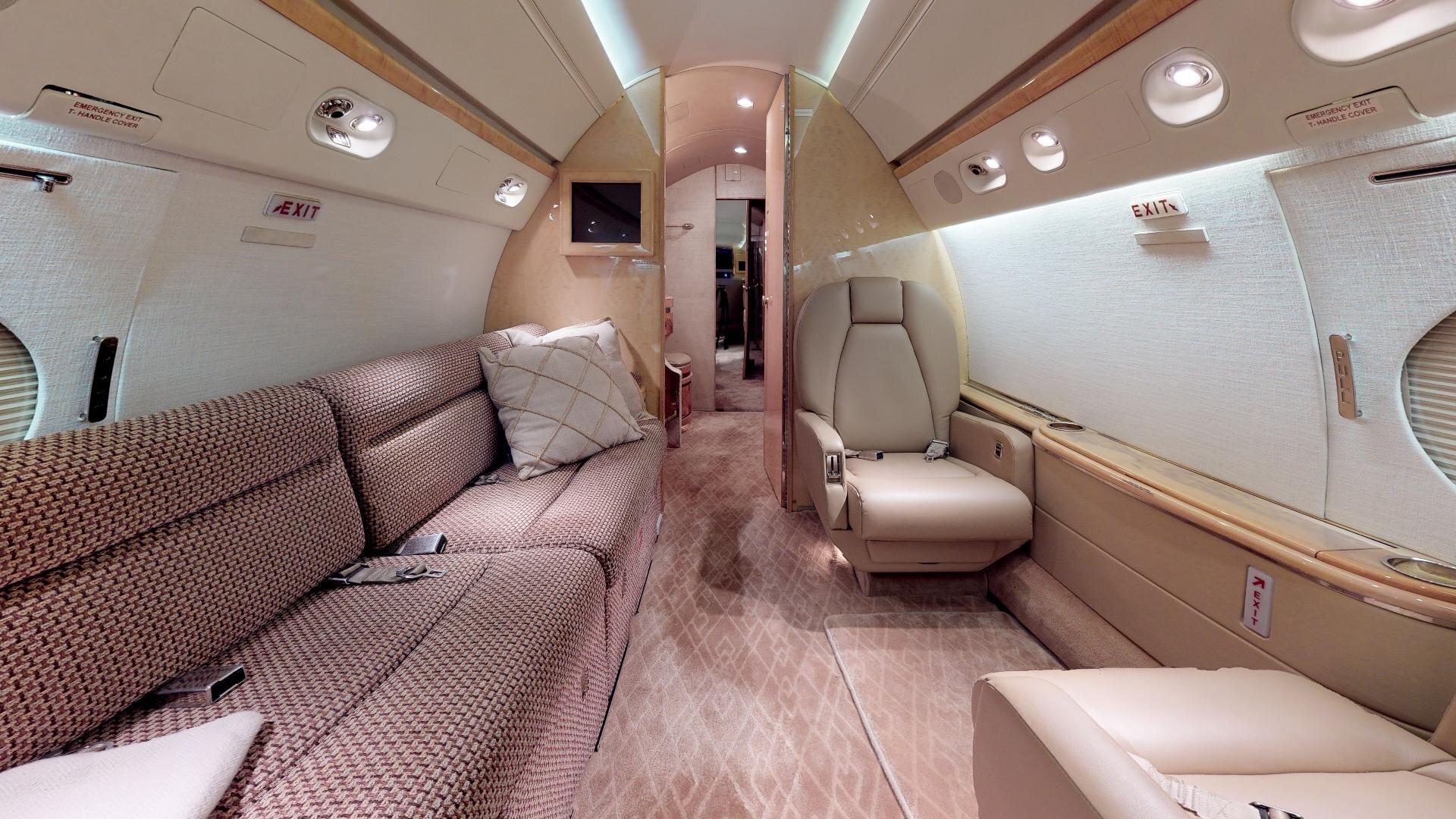 Gulfstream-V-SN-518-Photo-4.jpg