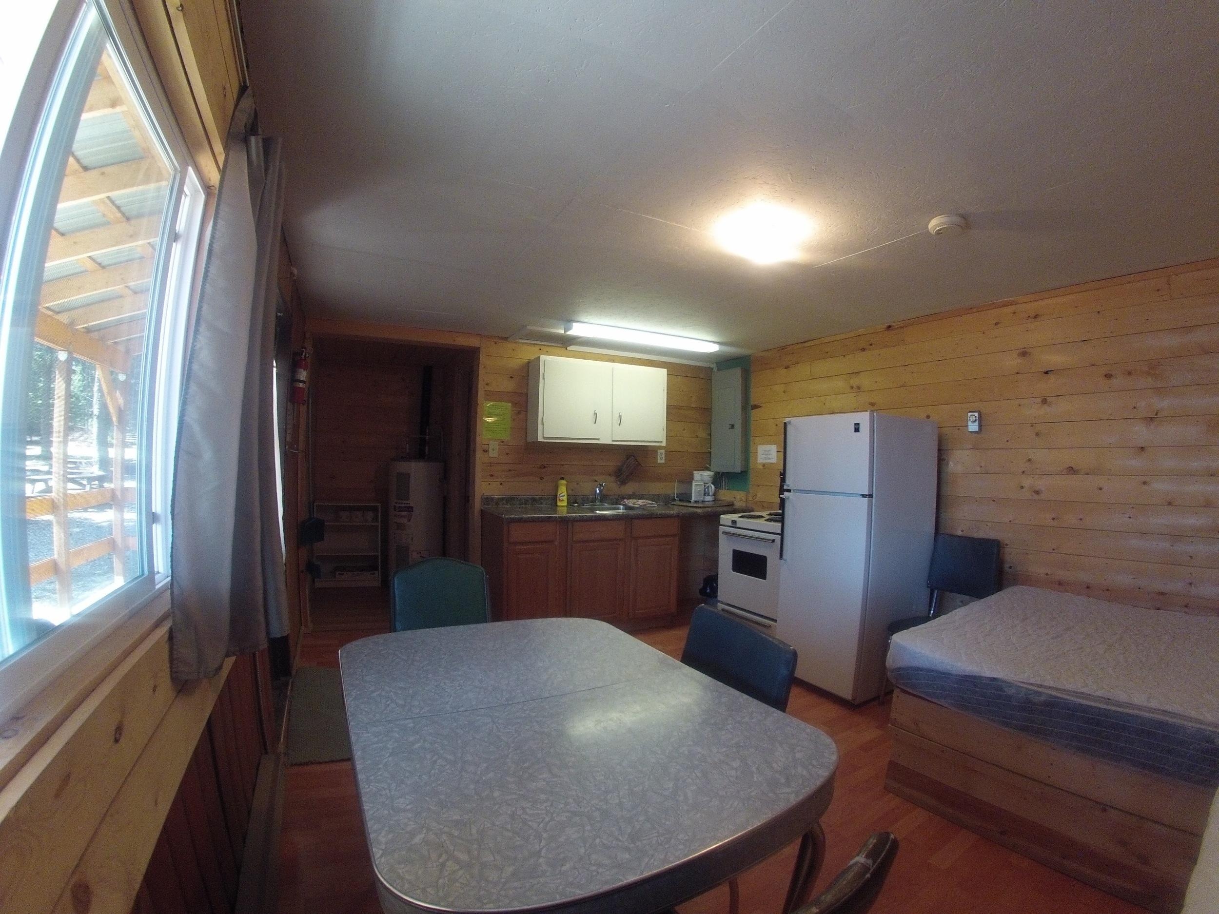 cabin200.jpg