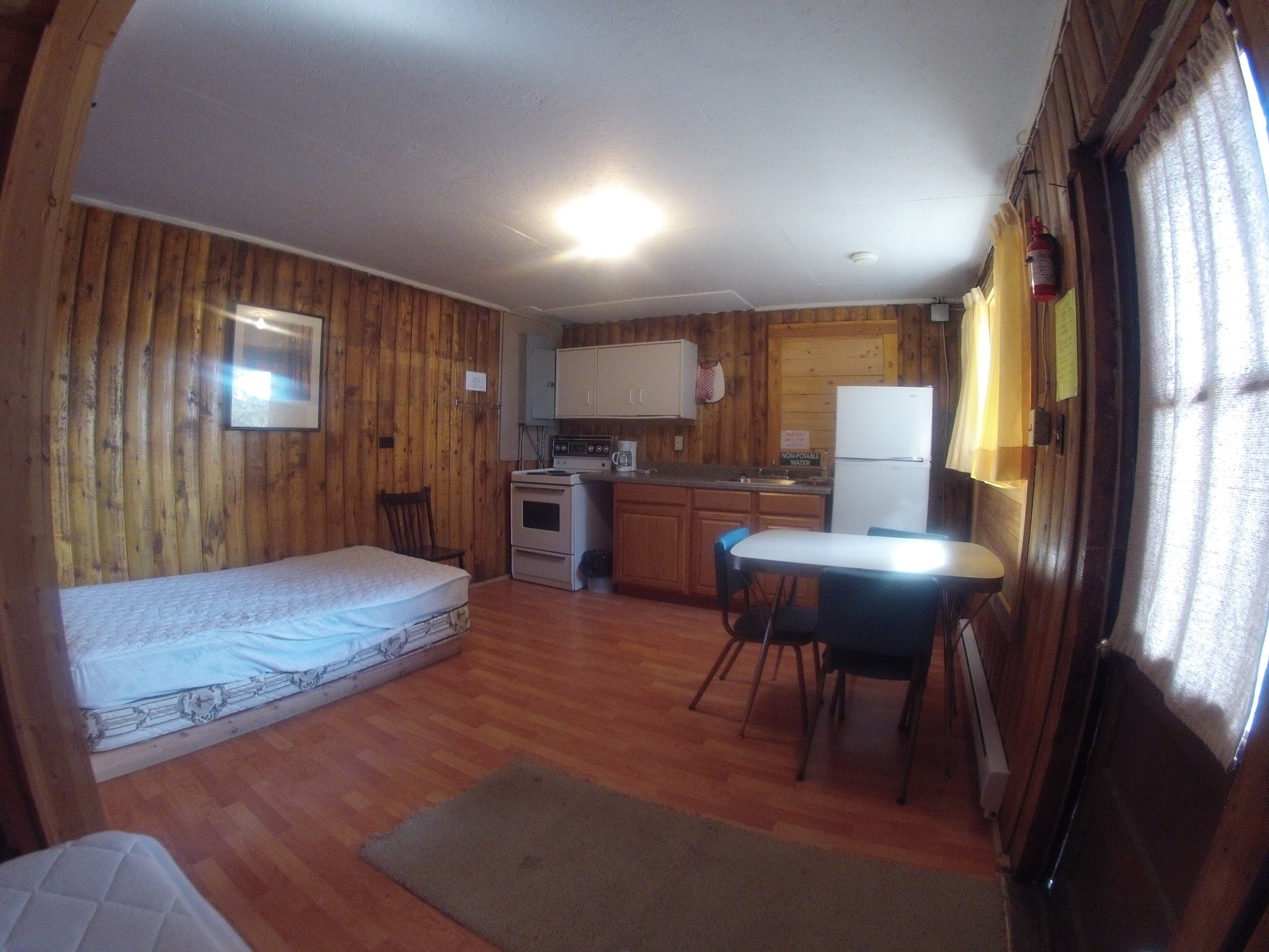 cabin301.jpg