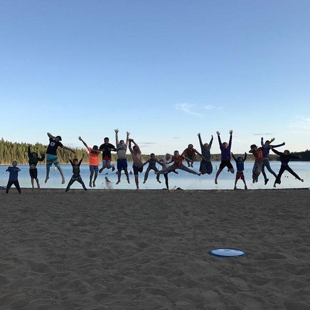 #happykids #jumpingkids #beach #beachbums #eastbluelake