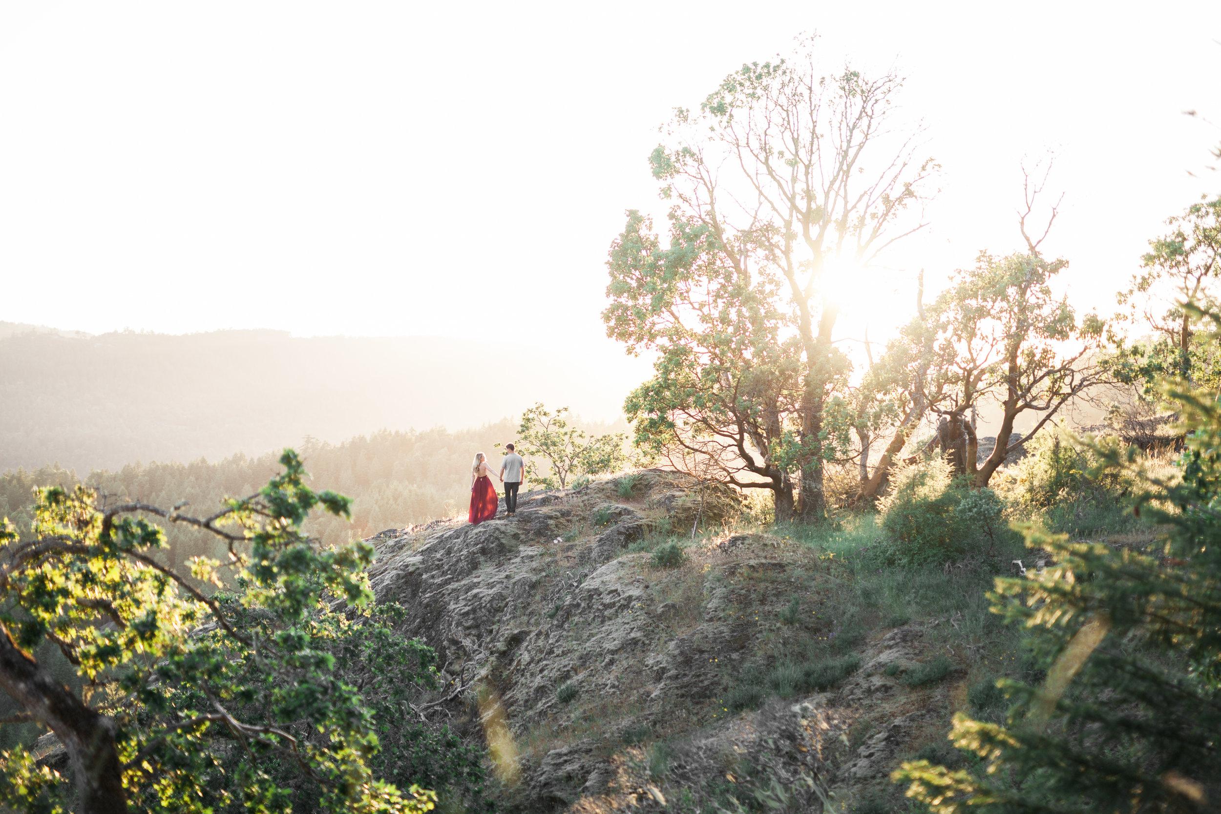 C & B | LONE TREE HILL ENGAGEMENT |